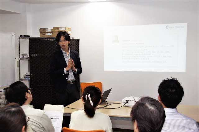 ニュースサイト「リアルエコノミー」にて弊社にて開催された「先輩起業家訪問講座」の様子が紹介されました。